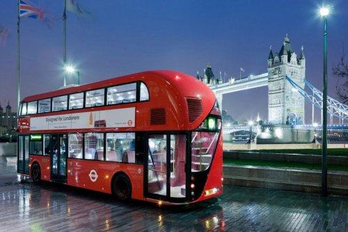 Использование лондонского общественного транспорта — метро, автобусов и проездных поездов