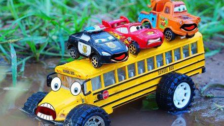 Disney Cars Toys McQueen Tayo the Little Bus | School Bus Traffic Accident | CarToys Tv
