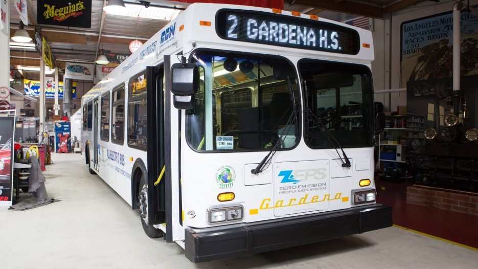 Electric Bus Conversion — Jay Leno's Garage
