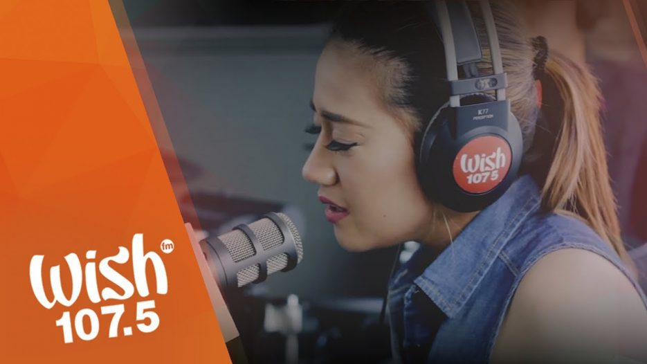 Morissette covers «Against All Odds» (Mariah Carey) on Wish 107.5 Bus