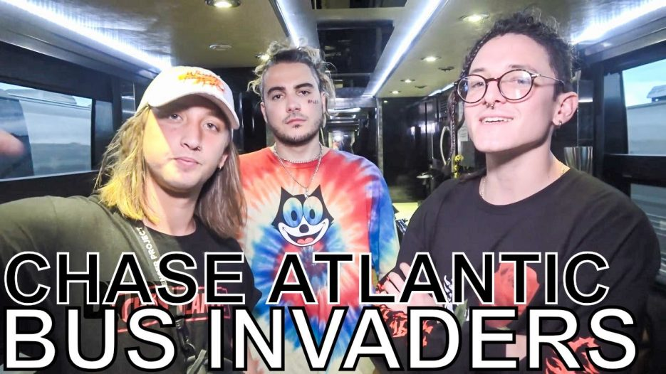 Chase Atlantic — BUS INVADERS Ep. 1350 [Warped Edition 2018]
