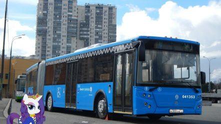 Поездка на автобусе ЛиАЗ-6213.65-77 № 041353 Маршрут № 893 Москва