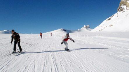 Два из лучших мест для катания на лыжах вне трасс в Швейцарии