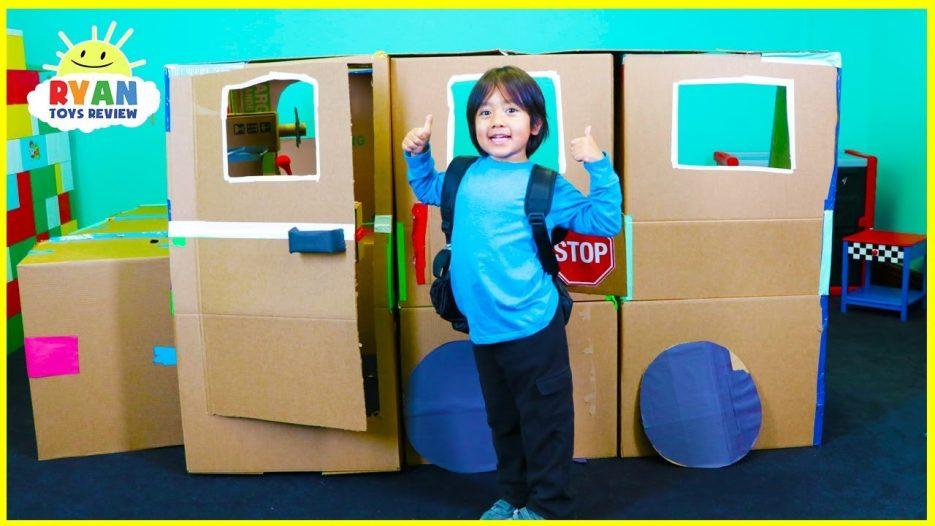 Ryan Pretend Play with School Bus Box Fort!