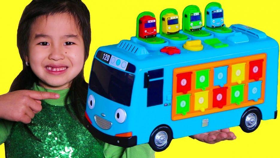 Jannie Pretend Play with Tayo Bus Toy