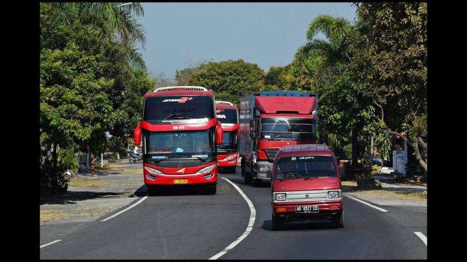 Gerombolan Bus Yang Telat Berangkat Dan Berani Nyalip   Lingkar Boyolali