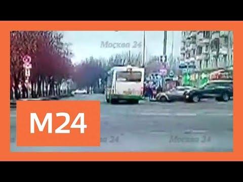 Момент наезда автобуса на остановку. Эксклюзив Москвы 24