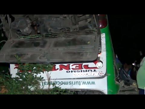 Junín: despiste de bus deja ocho muertos y 50 heridos en Chanchamayo