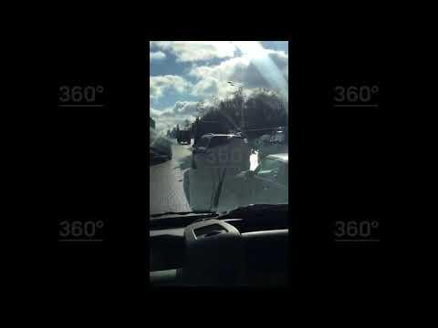 Один человек погиб при столкновении такси иавтобуса насевере Москвы